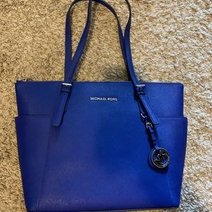 New without tag Micheal kors shoulder bag